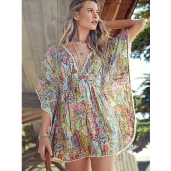 56741f1c72a7c Victoria's Secret swim beach cover up M